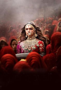 The latest Padmavati poster featuring Deepika Padukone mentioned November 30 as the release date, so has the film been preponed by a day? - Has Deepika Padukone, Shahid Kapoor and Ranveer Singh's Padmavati been preponed to November View Pic! Padmavati Movie, Movie Club, Hindi Movies, New Movies, Watch Movies, Greatest Movies, 2018 Movies, Tamil Movies, Carnival