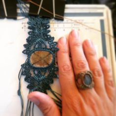 Work in Progress Trabajo en Proceso  MACRAME  Pulsera / Bracelet  Rio De Magma at Instagram