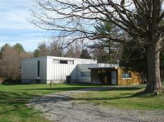 Marcel Breuer-Designed Midcentury With a Built-In Trailer