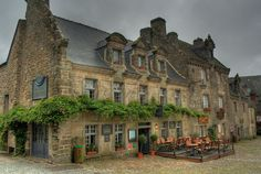 Cette «crêperie» n'a absolument rien de chaleureux. | 30 raisons de ne jamais aller en Bretagne