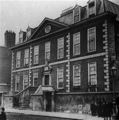 Constructed by Sir Thomas Molyneaux as his Dublin residence, and a stylistic departure from the gabled Dutch Billies that had defined the city to date. The house had an elaborate doorway with a coa… Ireland Pictures, Old Pictures, Old Photos, Dublin Street, Dublin City, Irish Independence, Photo Engraving, Dublin Ireland, Architecture