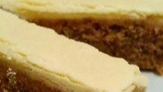 Wierzch ciasta można również posypać orzechami lub polać ulubioną polewą. Smacznego!