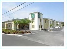 Quality Inn Zephyrhills Fl 33542.Upto 25% Discount Packages.Near by   Attractions include Skydive City, Saddlebrook Resort, St Leo University, University   of South Florida. Free Parking and Free Wifi internet. Book your room and start   saving with SecureReservation. Please visit- http://www.qualityinnzephyrhillsfl.com/
