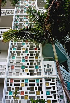 Mid-Century Screen Wall Block, Miami