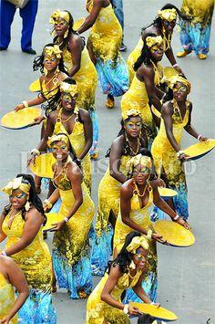 Feria de Cali: música, danza y color durante el carnaval del Cali Viejo − Diario El País