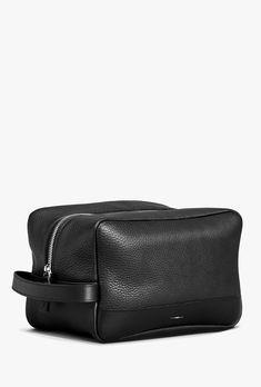 996d20863a0a Women s Leather Bag - Zip Travel Kit