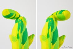 Make adorable some adorable softie toys for gifts! Just Bananas over Soft Toys' Finger Pocket Fish pattern is also a puppet and is easy to sew! Fish Patterns, Sewing Patterns, Fish Tail, Stuffed Toys Patterns, Softies, Bananas, Great Photos, Dinosaur Stuffed Animal, Finger