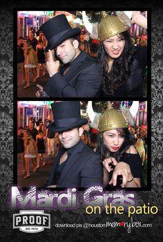 Mardi Gras Fun! #ihrtmemorybox #photobooth
