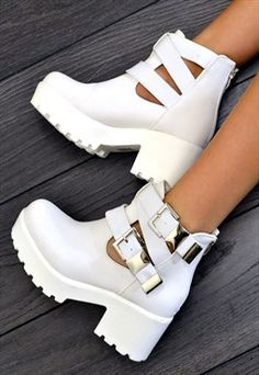 RAEGAN Chunky Heel Biker Style Chelsea Ankle Boots White