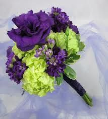 Oh, I want, I want!!! I think this is perfect! purple and green bouquet