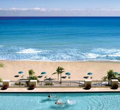 #spaweek  What better place to be in the pool and on the beach...ahhhhhhhhhhhhhhh