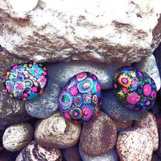 ❤GYROSCOPE LOVE ROCKS ❤️  Give a gift that speaks volumes and gives back!  A portion of proceeds goes to #parkinsonssuperwalk ❤🙏 Starting at $10 ❤Msg Me or come visit me on #etsy at www.etsy.com/... ❤  #livelovelaugh #love #health #giftsthatgiveback #paintedrocks #loverocks #spirituality #anyoccasion #feelgoodgifts #bling #meraki #torontoart #reflect #shipworldwide #believe #artforcharity # #arttherapy #peace ❤🙏 Thank you! #followme ❤