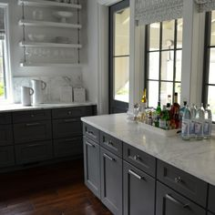 cabinets & wall-mounted shelves