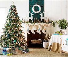 Turquoise & Lime Christmas Decor Ideas. #FallStyleGuide Sooooo, if I ever live at the beach....THIS will be my Christmas!! ;)