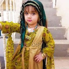 ❤Very cute Kurdish Girl in her traditional Dress.