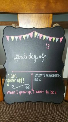 First Day of School Chalkboard Sign by TheChevronDog on Etsy This chalkboard sign is lightweight and hangs from a twine rope that is supplied. The item is made out of a wooden plaque painted in chalkboard paint. It measures approximately 10 First Day School, Pre School, Back To School, School Chalkboard, Chalkboard Signs, Chalkboard Paint, Chalkboards, School Signs, School Daze