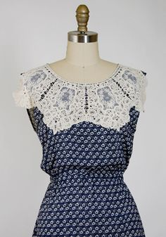 lace collar - something like this but smaller