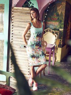 burda style, Schnittmuster zum Download - Eng anliegendes Kleid mit Bustierteil. Nr. 112, 06/2015, Foto: Michael Munique