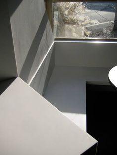 BREMBS Architekten: Detail Küche kitchen HI-MACS modern minimal minimalsm architectur Architektur