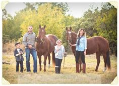 Family Portraits with horses. Homegrown Photography Your Homegrown Stories Country Family Photography, Horse Girl Photography, Cute Photography, Toddler Photography, Inspiring Photography, Equine Photography, Pictures With Horses, Fall Pictures, Horse Photos