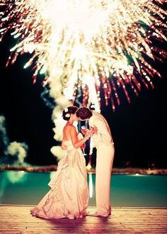fireworks..cute wedding picture