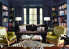 "Navy + green: Lacquered walls painted Benjamin Moore ""Hale Navy"" - Home Decor Navy Walls, Home Libraries, Blue Rooms, Navy And Green, Navy Blue, Deep Blue, Olive Green, Traditional House, Traditional Kitchens"