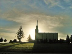 Hamilton, New Zealand Temple of the Church of Jesus Christ of Latter-day Saints — It would be a miracle to stand there. Lds Pictures, Pictures Of Christ, Temple Pictures, Mormon Temples, Lds Temples, Hamilton New Zealand, Milford Track, Latter Day Saints, Sacred Art