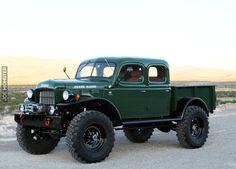 Dodge Power Wagon z 1948 roku - Joe Monster