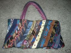 Neck tie purse
