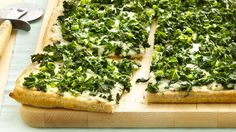 Garlicky Kale Flatbread Pizza