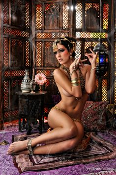 Nude women in harem outfits photos 702