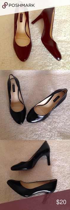 """Alex Marie Heels Almost like new, Alex Marie pump formal heels. Size 5.5. Only worn once, no scratches. Heel height 2.5"""". Alex Marie Shoes Heels"""