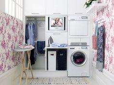 Cómo conseguir una zona de planchado en casa - http://decoracion2.com/como-conseguir-una-zona-de-planchado-en-casa/66061/ #EspaciosDeLaCasa, #IdeasParaDecorar, #ZonaDePlanchado