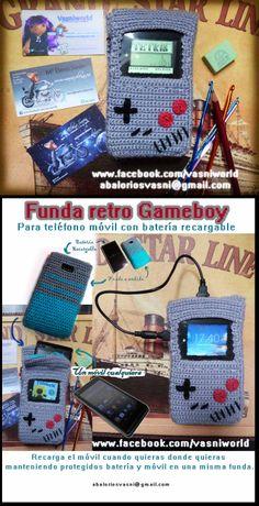 Funda de batería recargable de móvil y móvil al puro estiro retro de los 80 imitando la mítica GameBoy  www.facebook.com/vasniworld