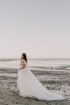 Tulle overskirt — Wild + White Bridal White Bridal, Tulle, Wedding Dresses, Fashion, Bride Gowns, Wedding Gowns, Moda, La Mode, Tutu