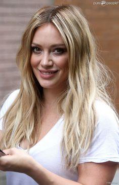 """Hilary Duff se rend sur le plateau de l'émission """"The View"""" à New York, le 18 juin 2015."""
