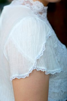 petal sleeves by keikolynnsogreat, via Flickr