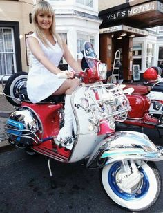 All things Lambretta & Vespa, well all things if they are pictures. (and perhaps the odd other thing that catches my eye from time to time including occasional adult content! Mod Scooter, Lambretta Scooter, Scooter Motorcycle, Motorbike Girl, Vespa Scooters, Vespa Girl, Scooter Girl, Vintage Bikes, Vintage Motorcycles