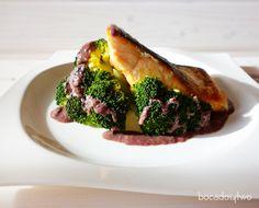 Además de una receta muy sana y ligera, con todos los beneficios del salmón y del brócoli - uno de los denominados 'súper-alimentos'- la combinación de sabores es realmente deliciosa.