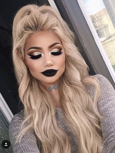 Beautiful makeup! Instagram: makeupbyalinna