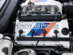 M3 Evo2 1988 tem a versão mais potente do motor de 2,3 litros, com 220 cv a 6.750 rpm (com catalisador, a potência cai para 215 cv). Depois dela, a Sport Evolution (ou Evo3) passou a usar uma versão de 2,5 litros e 240 cv.