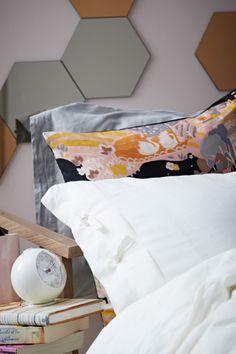 schaff mit unserem rÖmskog bettkasten mehr stauraum in deinem ... - Bunte Bettwasche Und Kissen Schlafzimmer Auffrischen