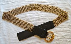 Gucci AUTHENTIC GUCCI BLACK LEATHER & GOLDEN CHAIN MAIL BELT
