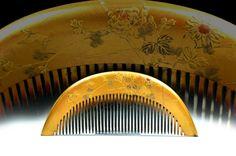 Antique Kushi Kanzashi - Gold Lacquered Hair Comb - Japanese Kushi Comb by JapaVintage on Etsy