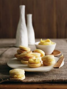 Australian Gourmet Traveller dessert recipe for passionfruit yo-yos with white chocolate and passionfruit ganache Cookies Fourrés, Filled Cookies, Galletas Cookies, Passionfruit Recipes, Chocolate Caramel Tart, White Chocolate, Baking Recipes, Cookie Recipes, Gourmet