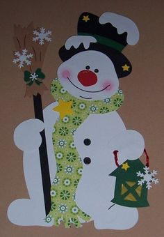 Fensterbild-aus-Tonkarton-Schneemann-gruene-Laterne Window Picture out Tonkarton Snowman green-lantern Christmas Yard Art, Handmade Christmas Decorations, Christmas Crafts For Kids, Xmas Crafts, Xmas Decorations, Christmas Projects, Diy And Crafts, Paper Crafts, Christmas Ornaments
