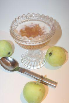 Äppelkräm med kanel och vanilj