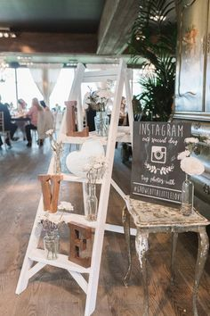 vintage ladders inspired wedding reception decoration ideas