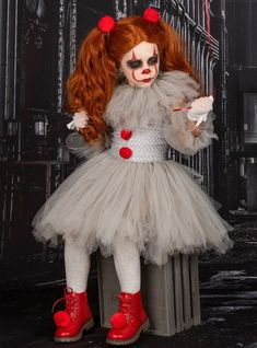 At Mia Belle Girls, all girls Halloween costumes ideas come to life with our own, unique twist to popular girl Halloween costumes that you can treat her with for the funnest and freakiest night of the year! Whatever your preferred costume theme, shopping budget or style is, our huge assortment of high-quality cute Hall Scary Clown Halloween Costume, Little Girl Halloween Costumes, Looks Halloween, Scary Clowns, Halloween Kids, Halloween Recipe, Halloween Makeup, Halloween Projects, Halloween Halloween