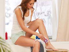 Az IPL technológiájú Sanitas Tartós Szőrtelenítő készülék használata hosszantartó hatást eredményez. Használata biztonságos, ugyanisa bőrtípust és a bőr közelségét figyelő 2 az 1-ben érzékelővel szerelték fel.